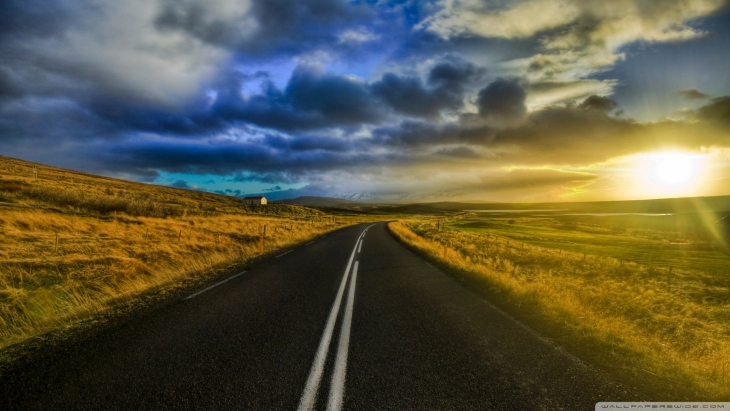 the_open_road_in_iceland-wallpaper-1920x1080_20150311130722548.jpg