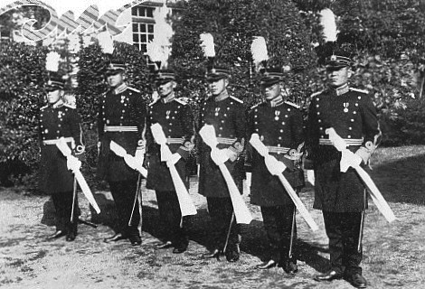 Imperial_Japanese_Army_War_College_students.jpg
