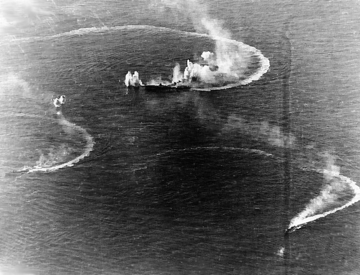 Japanese_aircraft_carrier_Zuikaku_and_two_destroyers_under_attack.jpg