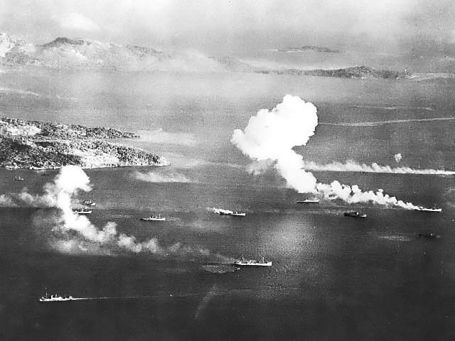 japanese_ships_in_dublon_anchorage.jpg