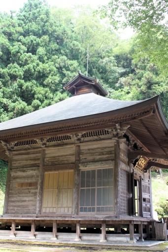 禅定寺本堂