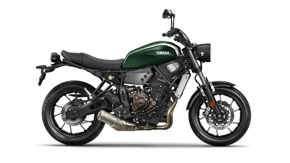 2016-Yamaha-XSR700-EU-Forest-Green-Studio-002.jpg