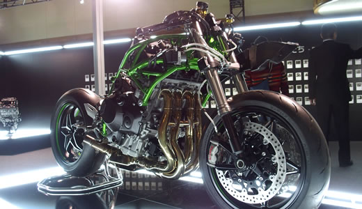 Kawasaki Ninja H2&H2R発表会@海洋博物館(2)-2