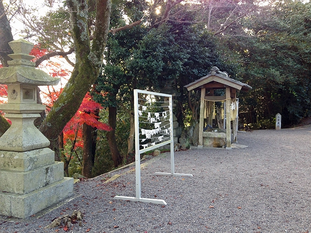西区の神出神社と長田区の戸田酒店♪
