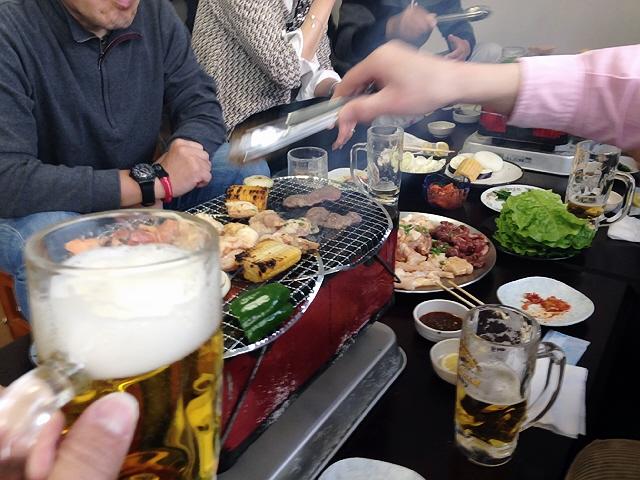 旧神戸立ち呑み文化研究会の焼肉忘年会@新開地冨月(^^♪