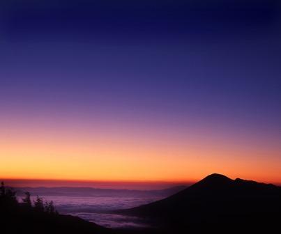 岩手山夜明け