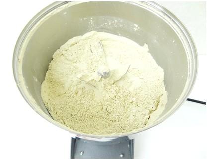 干し芋パウダー、粉末