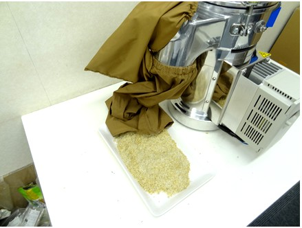籾殻、飼料の粉砕機