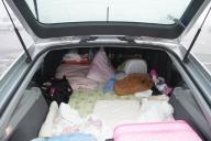 車泊の寝床。意外に快適だったらしい。