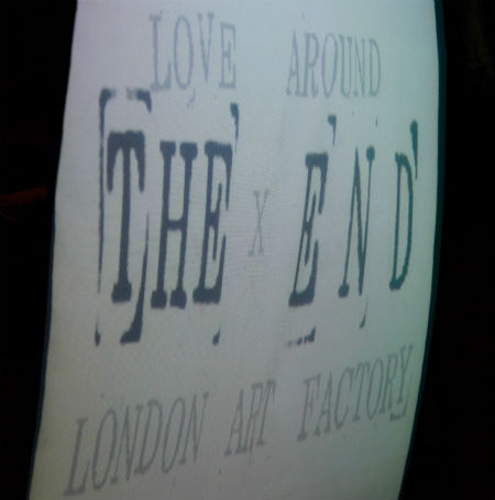 LOVE AROUND × LONDON ART FACTRY 116bnm