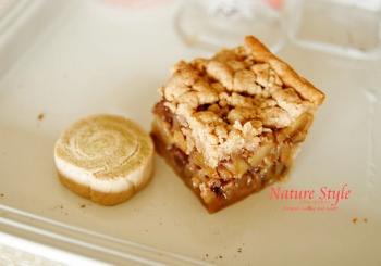 りんごとくるみのタルトとぐるぐるクッキー (350x245)