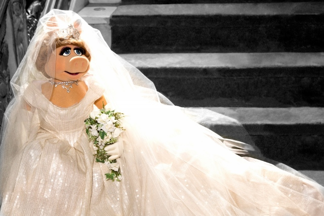 miss piggy wedding (640x427)