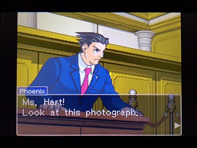 逆転裁判 北米版 写真の拡大はしなかったの?34