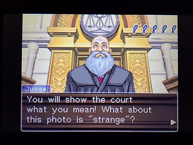 逆転裁判 北米版 拡大写真に写る矛盾6