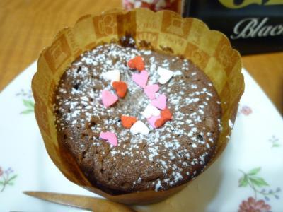 隆の手作りチョコレートケーキ♪