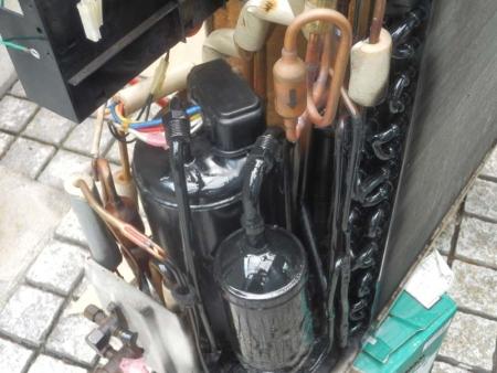 ダイキン エアコン ガス漏れ 修理