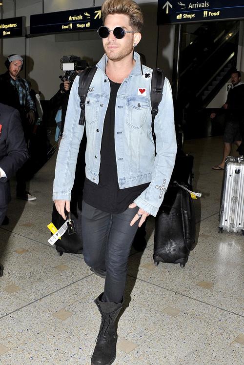 アダム・ランバート(Adam Lambert):ブラックデニム(BLK DNM)/マイキータ (Mykita)