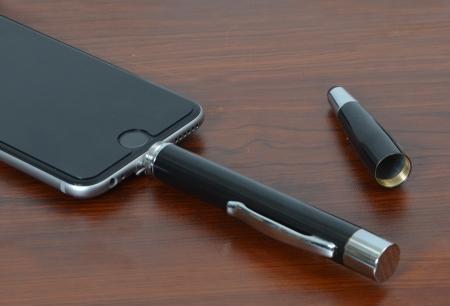 「ボールペンパワーバンク for iPhone」-2