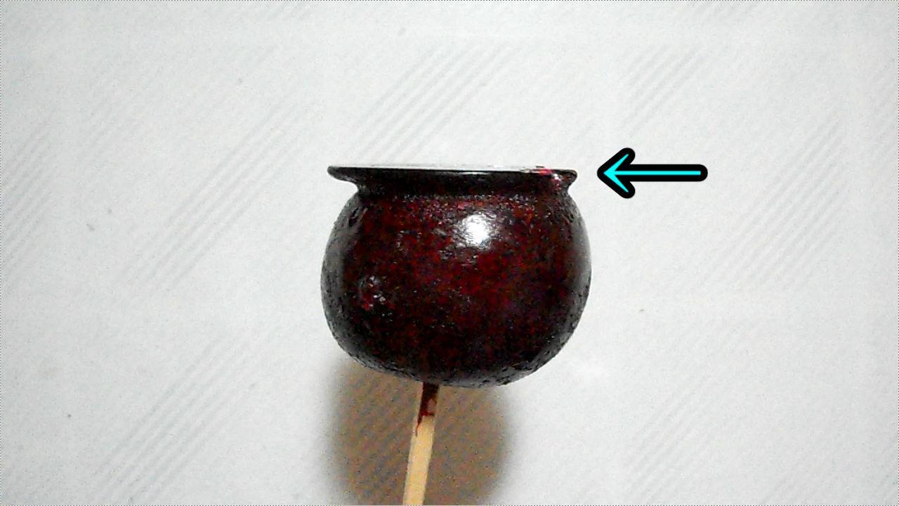 リンゴ飴の食べ易い(?)食べ方、テッペンを齧った画面