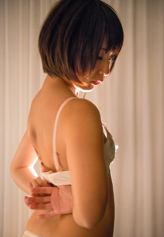 阿部乃みく(あべのみく) ショートヘアのロリ顔天使がラブラブセックスなAV女優エロ画像 89枚 No.36
