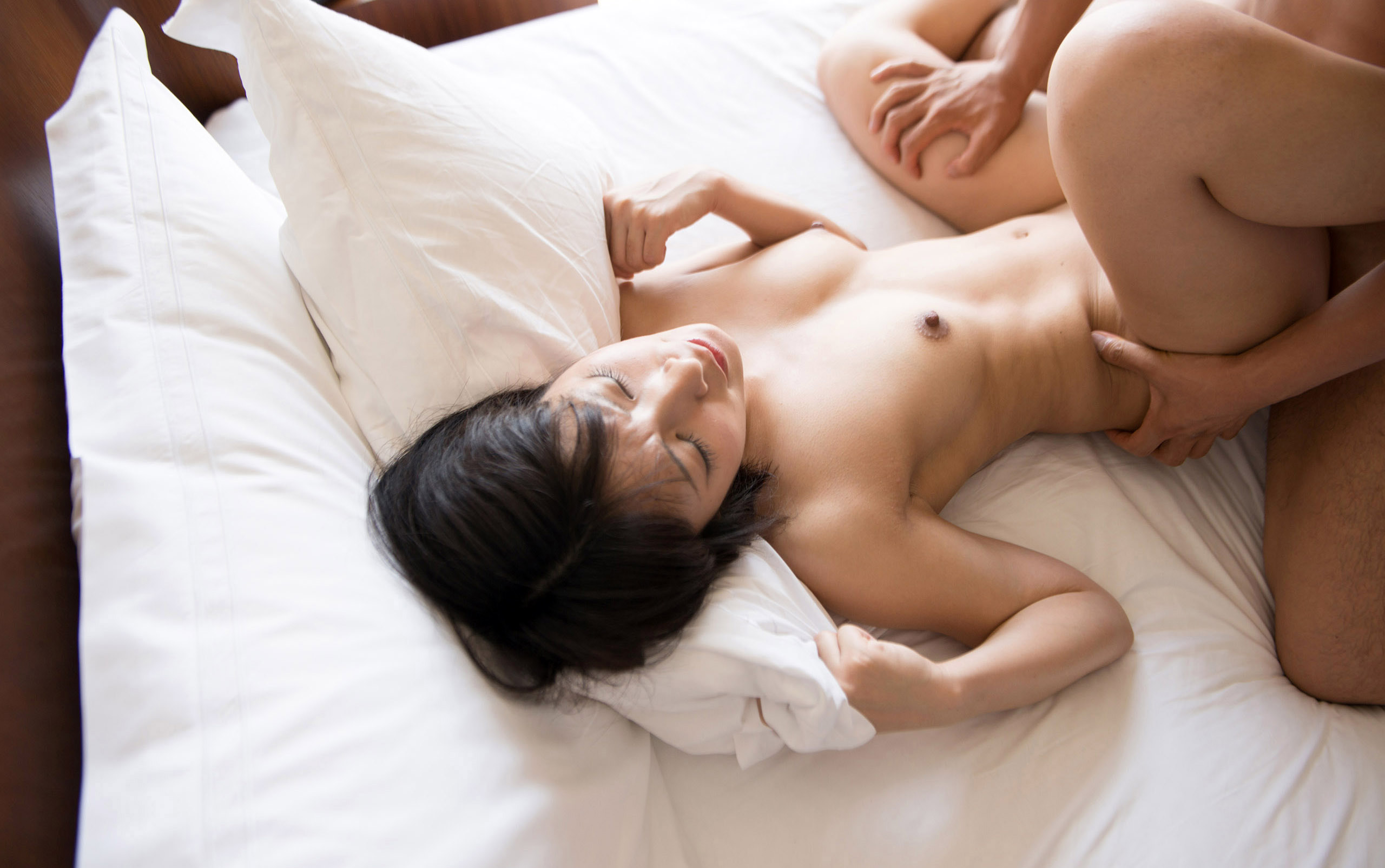阿部乃みく(あべのみく) ショートヘアのロリ顔天使がラブラブセックスなAV女優エロ画像 89枚 No.49