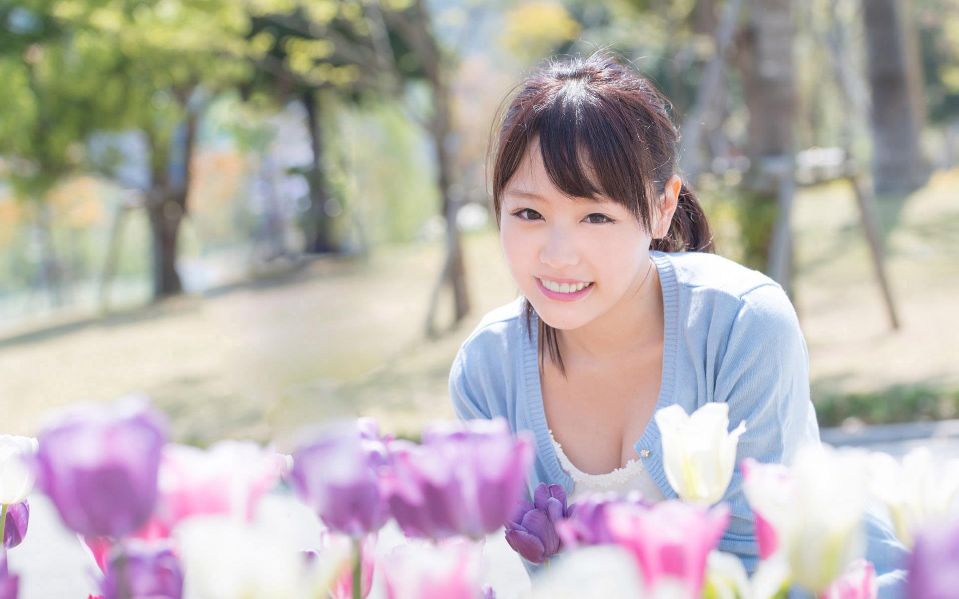 浜崎真緒(はまさきまお) ロリ顔ポニーテール、色白柔らかそうなおっぱいに包まれるセックスAV女優画像 143枚 No.1