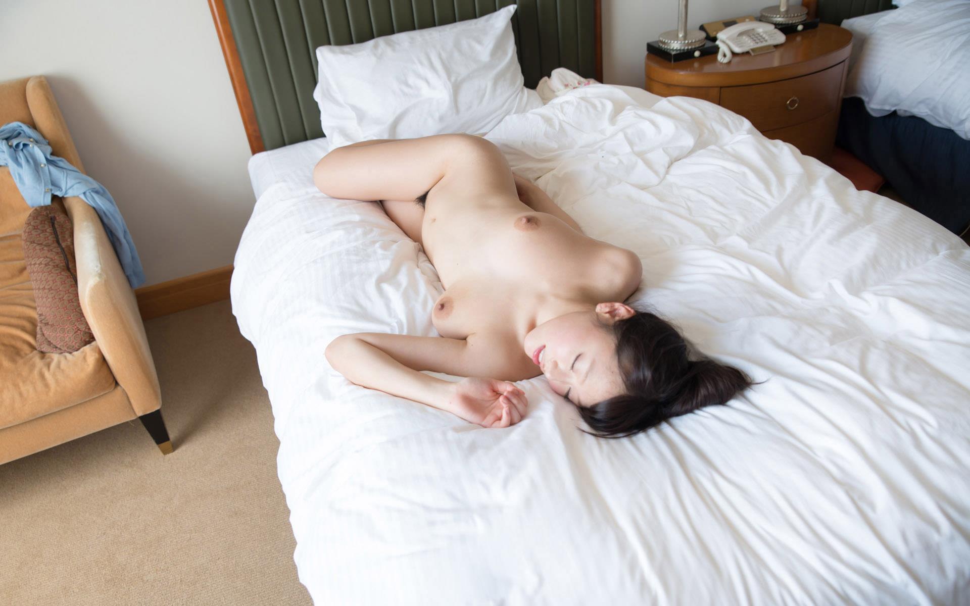 浜崎真緒(はまさきまお) ロリ顔ポニーテール、色白柔らかそうなおっぱいに包まれるセックスAV女優画像 143枚 No.118