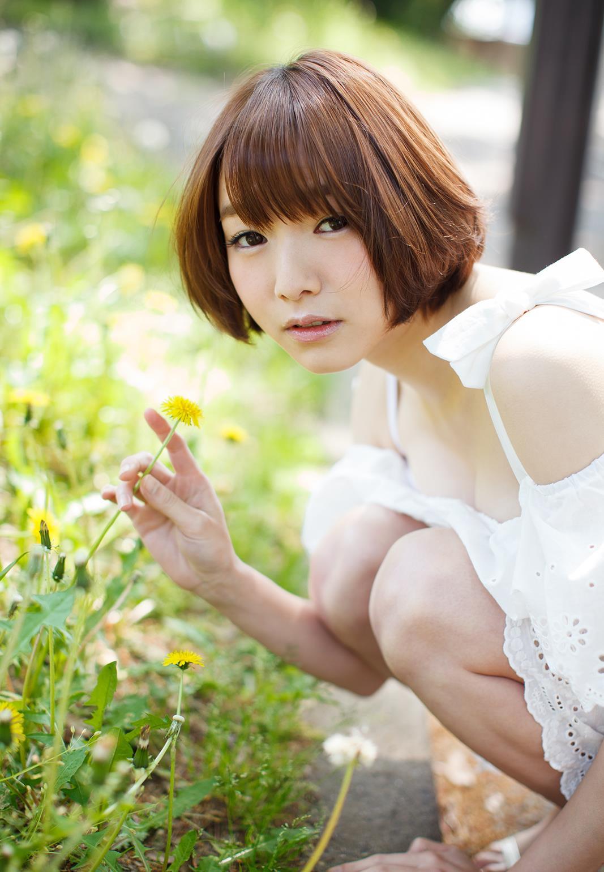 涼川絢音 Eカップ 手足の長い色白ロリ顔で美少女な着エロアイドルAV女優画像 107枚 No.60