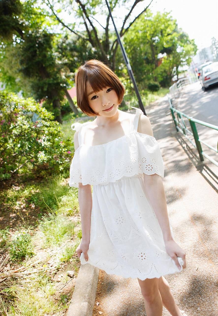 涼川絢音 Eカップ 手足の長い色白ロリ顔で美少女な着エロアイドルAV女優画像 107枚 No.63