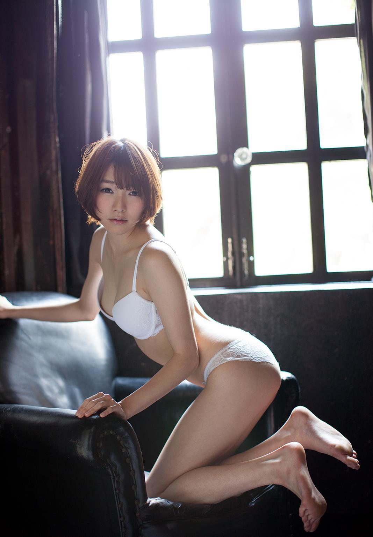 涼川絢音 Eカップ 手足の長い色白ロリ顔で美少女な着エロアイドルAV女優画像 107枚 No.75