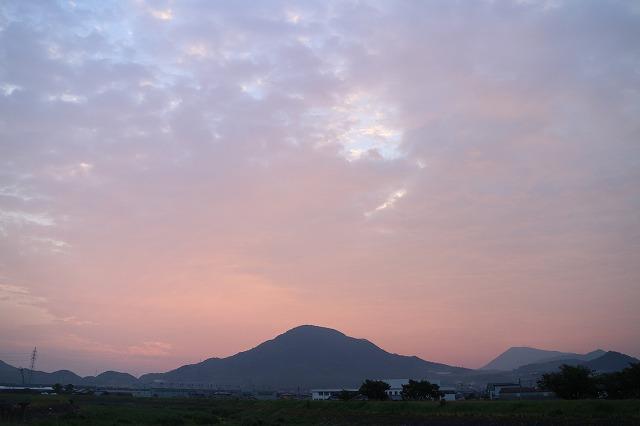 日の出前 5 25 27.8.16朝