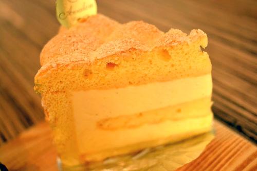 【名古屋_ケーキ】アヴァロン「レモンとバナナ」 (2)