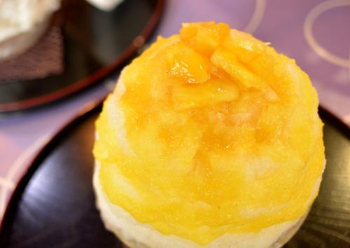 【かき氷】雪うさぎ「完熟パインと黒蜂蜜レモン」 (1)