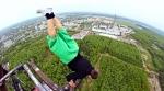 russian_kids_stunts_200m_tower_03.jpg
