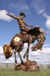 welded-scrap-metal-sculptures-john-lopez-7.jpg