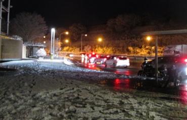 2015年 元旦 大雪☃着雪 東名高速道路下り秦野中居PA大井松田 AROC元旦ミーティングKROG