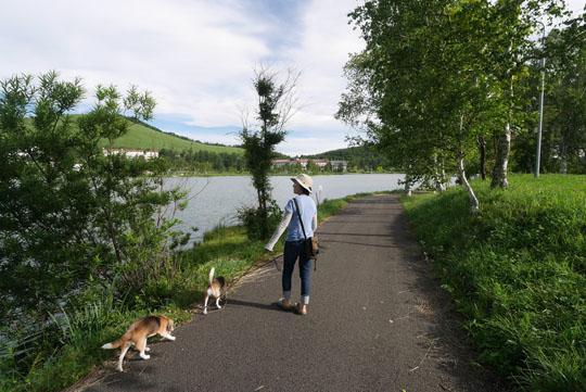 002湖畔散歩1
