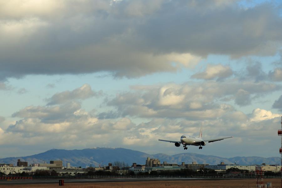 JAL B767-346 / JAL121 (JA602J)@スカイランドHARADA