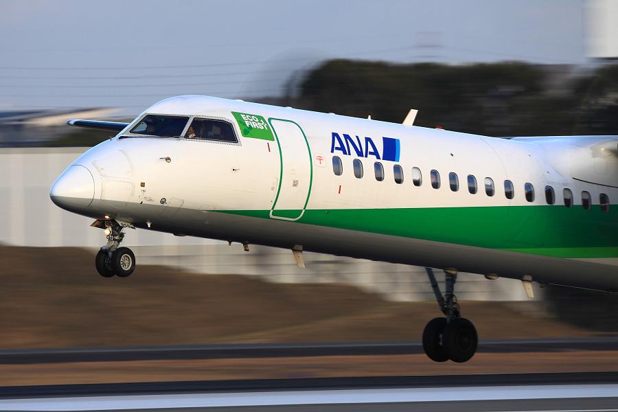 ANA WINGS DHC-8-402Q / ANA736 (JA856A)@スカイランドHARADA