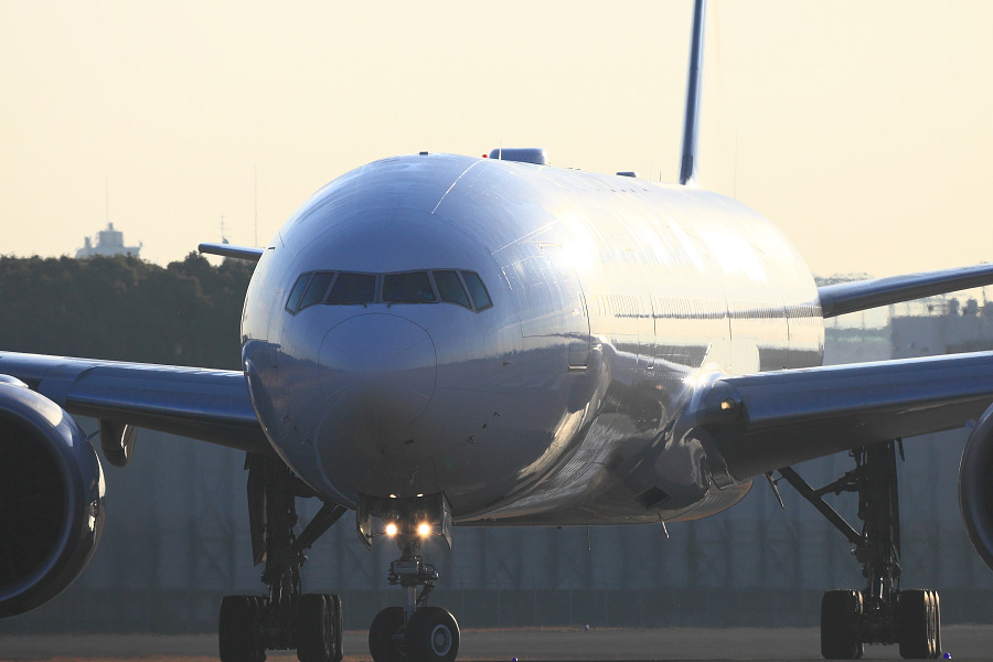 JAL B777-346ER / JAL3002 (JA731J)@スカイランドHARADA周辺