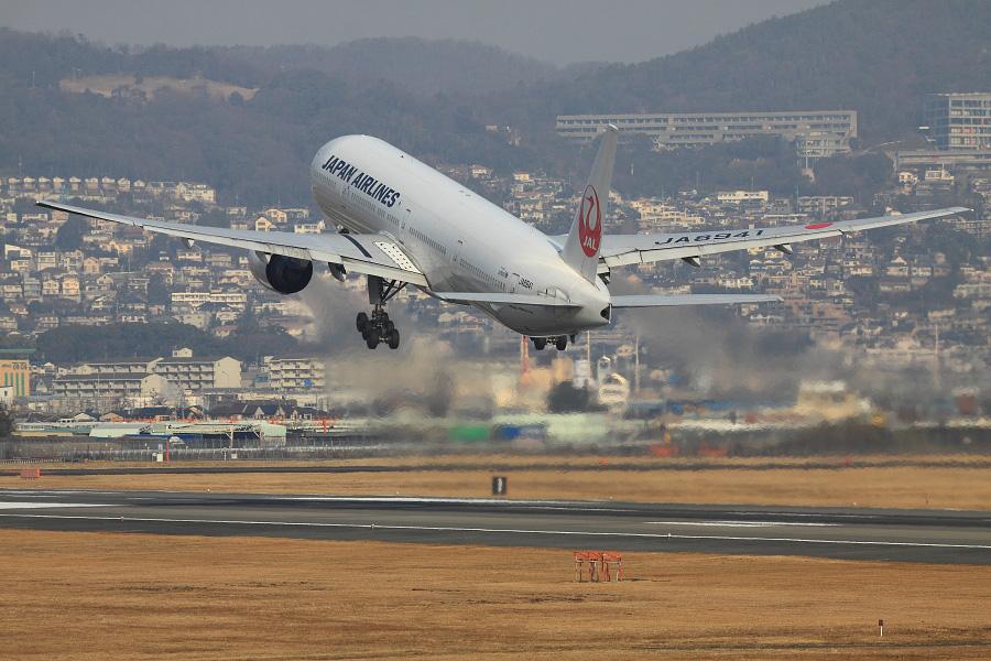 JAL B777-346 / JAL2081 (JA8941)@伊丹スカイパーク