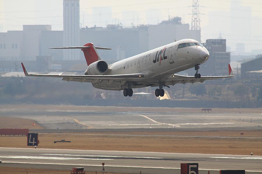 J-AIR CRJ-200ER / JAL2153 (JA209J)@下河原緑地展望デッキ