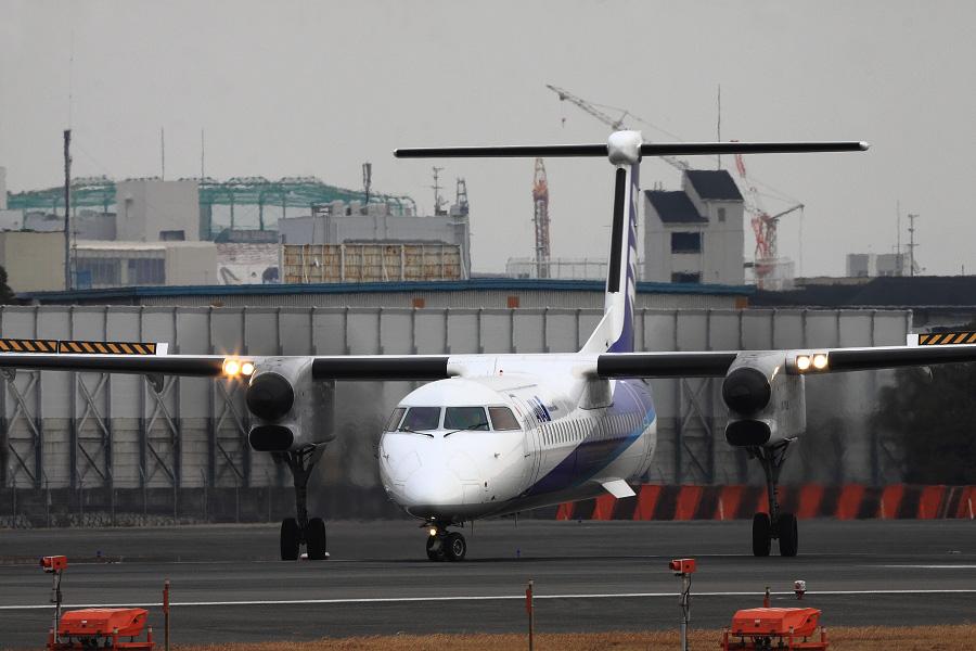 ANA WINGS DHC-8-402Q / ANA1653 (JA845A)@スカイランドHARADA