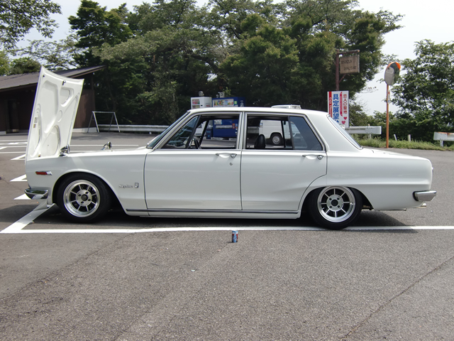 hakosuka_side.jpg