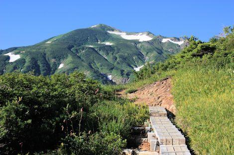 03五輪高原から朝日岳