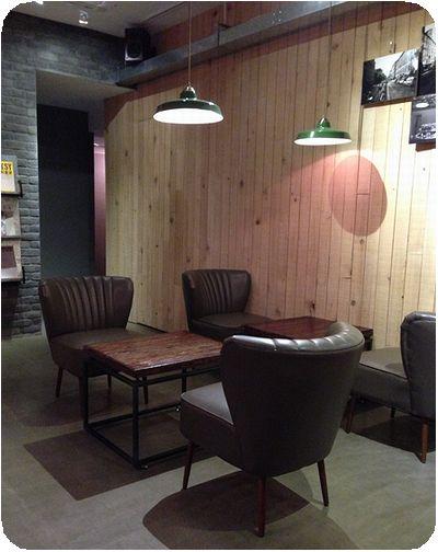 樂樂咖啡店内
