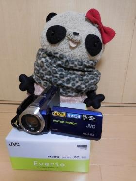 ビデオカメラ GZ-R70