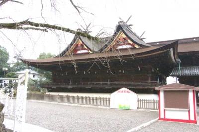 吉備津神社本殿と拝殿