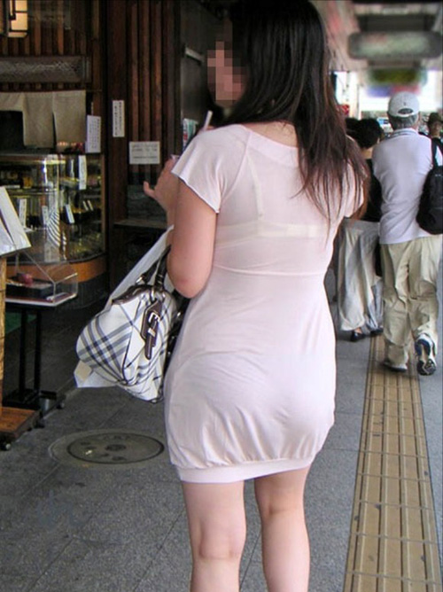 【盗撮 エロ画像】街撮りされたサマーファッションすぎる素人さんwww