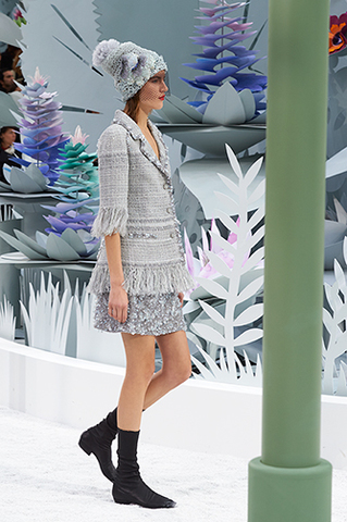 chanel-spring-summer-2015-haute-couture-look-10.jpg